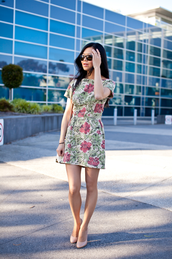 Outfit Post - Casual Spring / Summer Floral Dress - Start with Black
