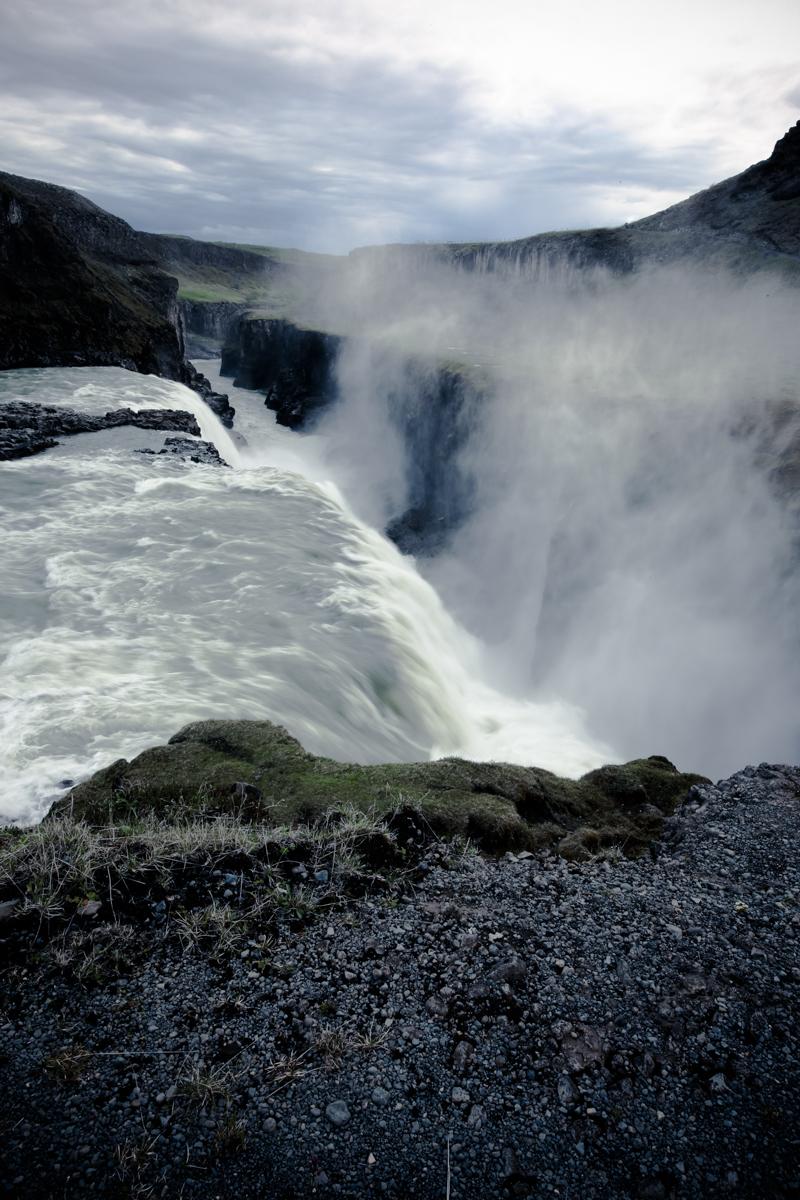 Startwithblack_iceland gulfoss8-3