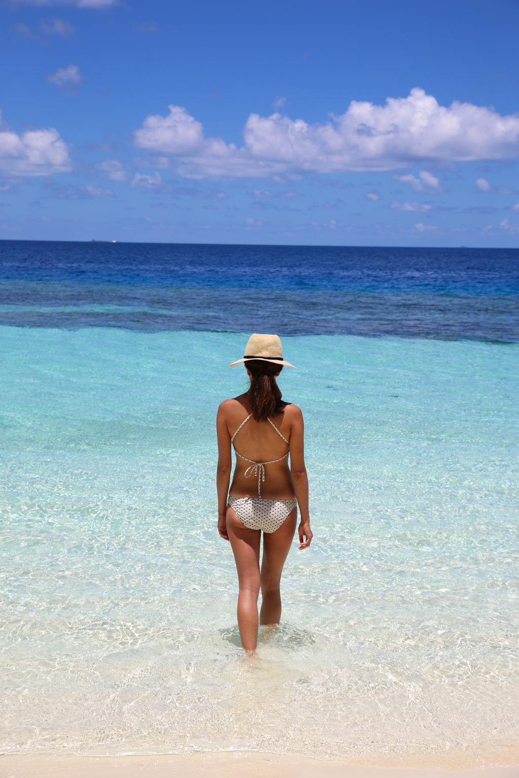 Startwithblack Maldives Zimmermann Halter Ceramic Bikini-2